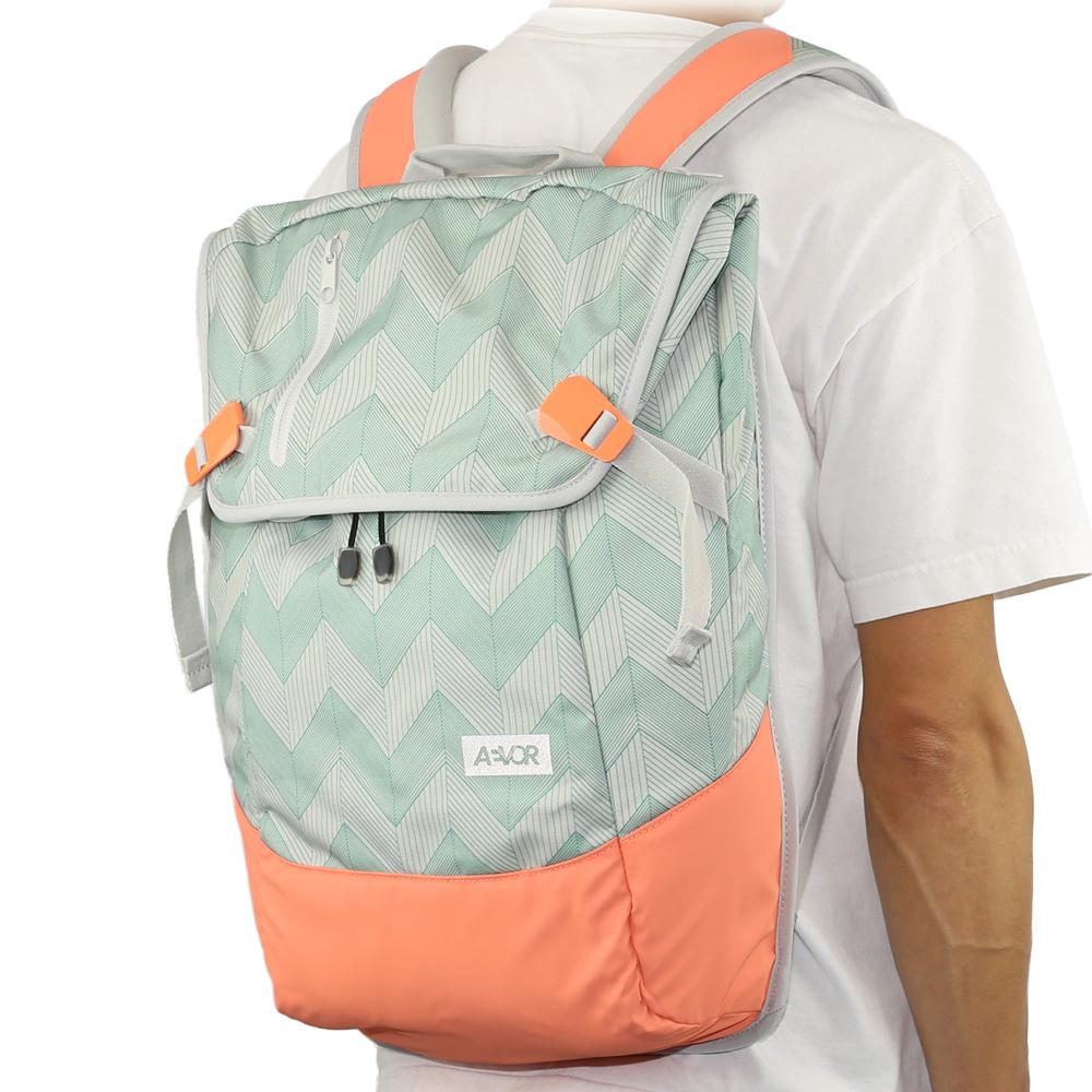 AEVOR エイヴァー Daypack (Flicker Mint Coral) エイバー デイパック バックパック ビジネス リュック