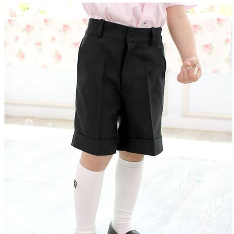 【男の子】子どもの発表会用に!よそゆき服に使える黒の半ズボンのおすすめは?