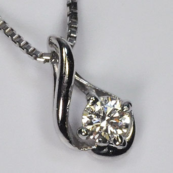プラチナ ダイヤモンド ネックレス ハート&キューピッド プラチナ・ダイヤモンド0.05ct(H&C・鑑別書カード付) シンプルペンダント(ネックレス)