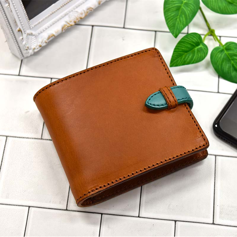 10b38188df1f 【送料無料】二つ折り財布ハーフウォレットフラップ付きコンパクト財布レザーウォレットキャメル茶色