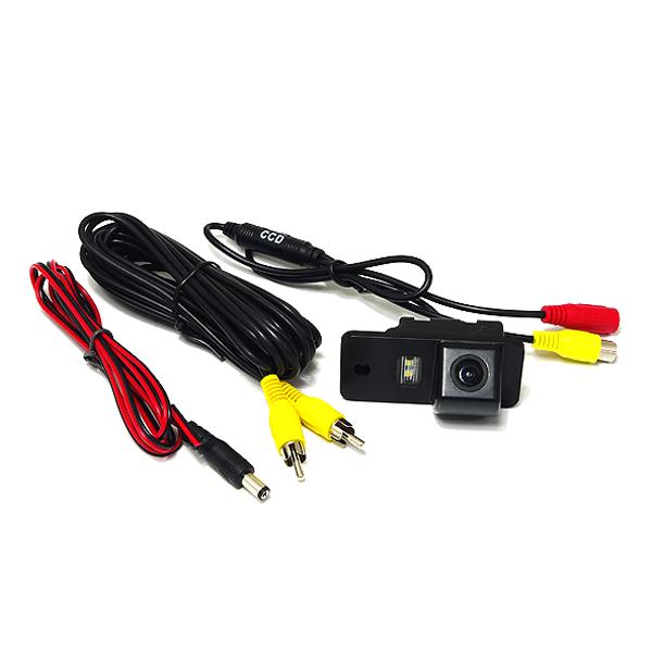 小型 CCDリアビューカメラ LEDナンバー灯一体型 アウディ ブラック 黒 高画質 バックカメラ 後付け 汎用 ライセンスランプ カーナビ モニター DIY 社外 エアロ 等多数取扱い有