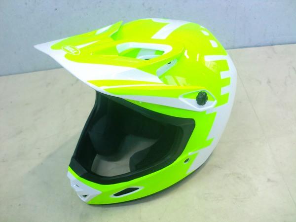 ヘルメット ベル フルフェイスヘルメット TRANSFER-9 XLサイズ ホワイト/ネオン - 中古【島田橋店】