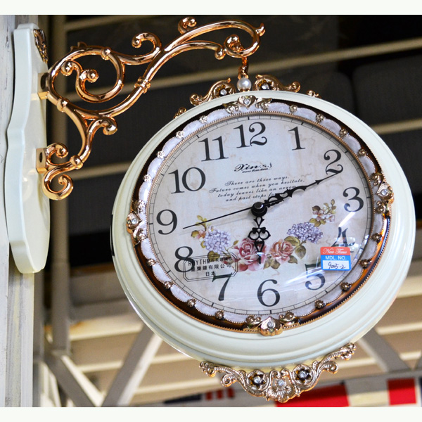 輸入雑貨:可愛いお花の両面時計:白【送料無料】