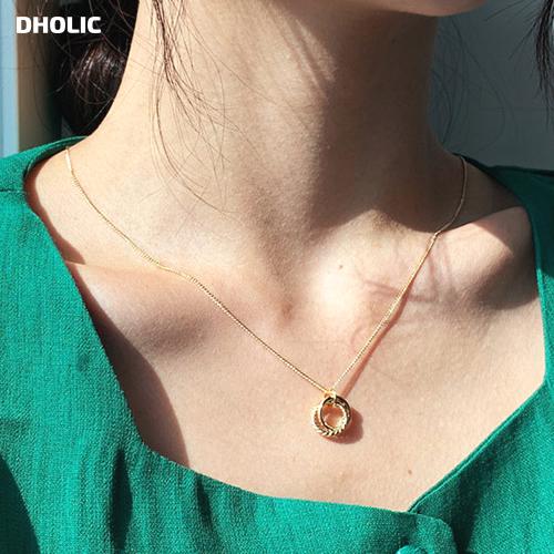 定価 シンプルで上品なネックレス ダブルリングネックレス 全2色 商品追加値下げ在庫復活 d53872 レディース acc 韓国 ファッション ゴールド シルバー シンプル チェーン チェーンネックレス 夏 ネックレス アクセサリー