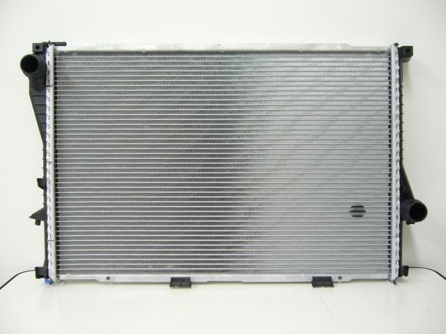 BMW 3シリーズ E30 優良品 エアコン コンデンサーOE番号:17111436060