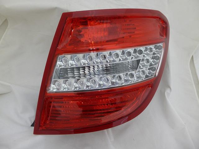 Mercedes-Benz genuine tail light right W204 C class wagon 2049069602