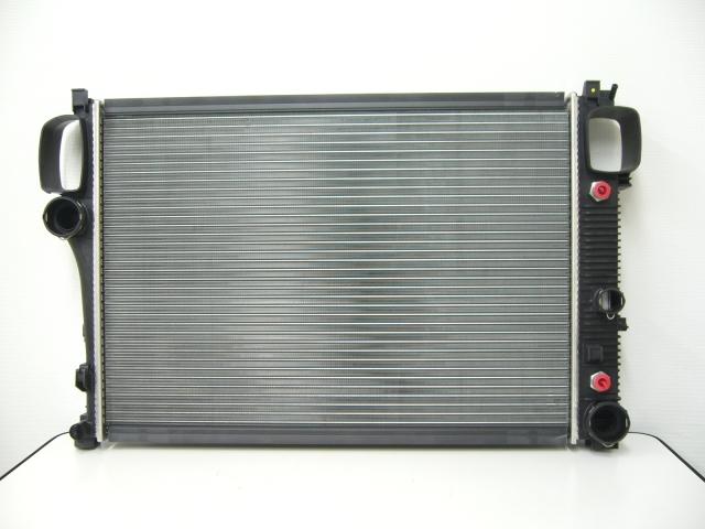 ベンツ S350、S550、S600、CL550、CL600 W221/W216/Sクラス/CLクラス全般ラジエター 優良品(社外品)Mercedes-Benz(メルセデス・ベンツ) OE番号:2215002603
