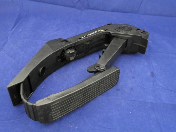 ベンツ W220 S320,S430,S55,S500,S600 / W215 CL55,CL500,CL600優良品 アクセルペダル for MERCEDES BENZOE番号:2203000004