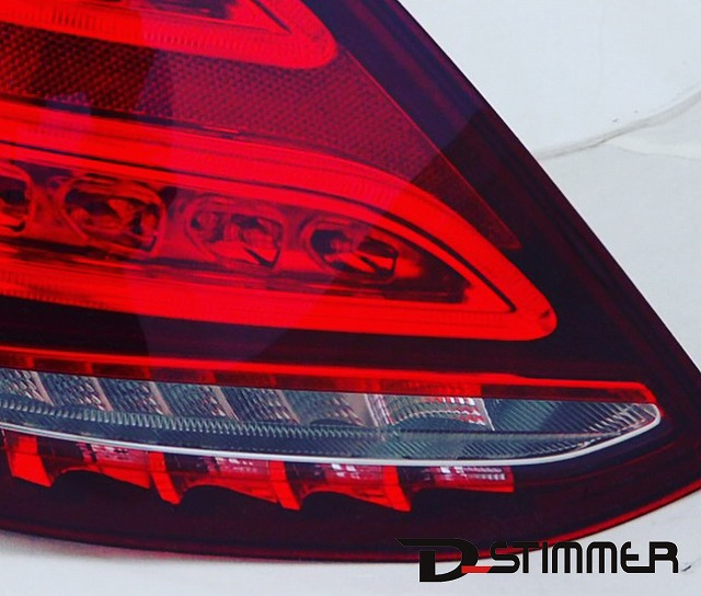 Mercedes-Benzテールランプ左側(純正品・新品)W205/Cクラス ※セダン車用純正番号:2059061357