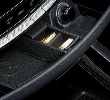 Mercedes-Benz(メルセデスベンツ)本革コインケースEQCクラス純正品 新品アクセサリーM2228107030MM