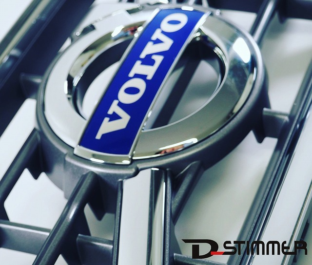VOLVO(ボルボ)ラジエターグリル(純正品・新品)VOLVO/V60・S60 レーダーセンサー付車用純正番号:30795040