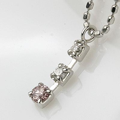 K18WGピンクダイヤPDN 0.04ct 0.04ct ピンク ダイヤモンド ペンダントネックレス スリーストーン