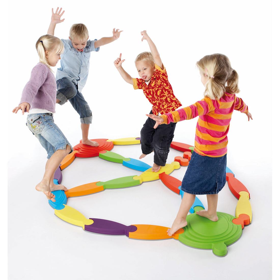 GONGE ゴンジ リバー・ランドスケープ | 幼稚園 保育園 遊具 室内遊具 屋外 おもちゃ 庭 外遊び ブロック 大人数 大型