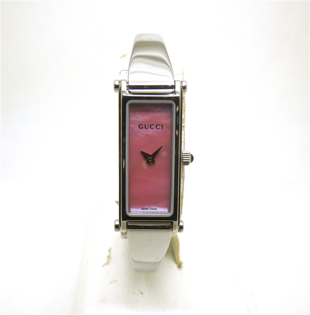 GUCCI グッチ 1500L クオーツ レディース腕時計 ピンクシェル ステンレススチール 【436】【中古】【大黒屋】