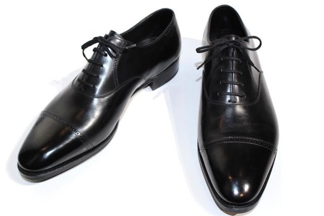 【送料無料】JOHN LOBB ジョンロブ 革靴 PHILIP2 フィリップ2 メンズ9ハーフ  EE ラスト7000 ストレートチップ ブラック レザー シューツリー付き【432】【中古】【大黒屋】