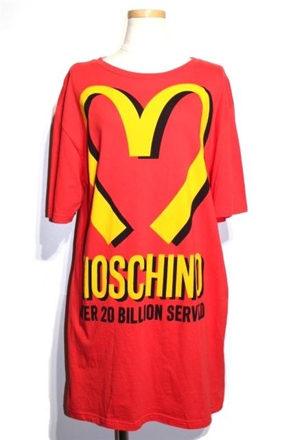 MOSCHINO モスキーノ Tシャツ レディースXS レッド コットン 3XA04219115【432】【中古】【大黒屋】