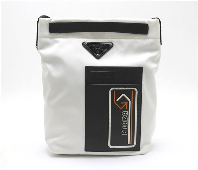 PRADA  バッグ ショルダーバッグ  ホワイト ブラック  ナイロン カーフ  2VH052 【433】【中古】【大黒屋】