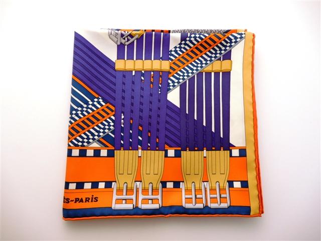 【送料無料】HERMES エルメス カレ90 スカーフ シルク バイオレット オレンジ 【432】【中古】【大黒屋】