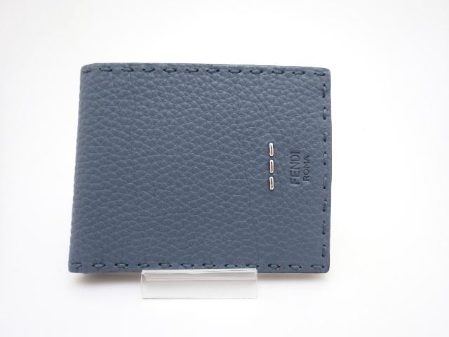 FENDI 二つ折財布 セレリア ライトブルー【430】【中古】【大黒屋】