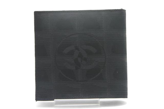 CHANEL シャネル 二つ折り財布 ブラック ナイロンジャガード ニュートラベルライン 【450】【中古】【大黒屋】