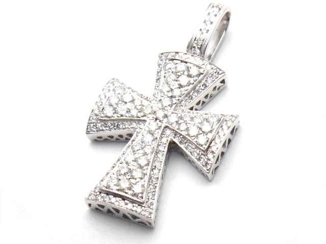 [送料無料]ノンブランド ペンダントトップ クロス K18WG ダイヤモンド 【437】【中古】【大黒屋】