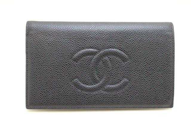 【送料無料】CHANEL シャネル 二つ折財布 財布 ブラック キャビアスキン【205】【中古】【大黒屋】