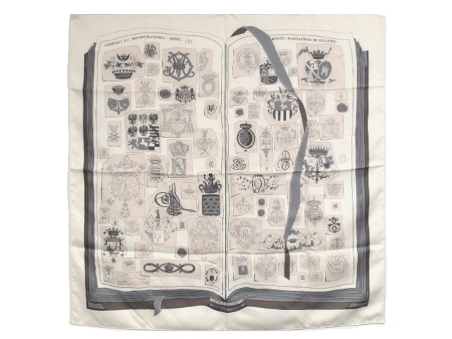 HERMES エルメス カレ90 スカーフ CHIFFRES ET MONOGRAMMES 図面や記号 シルク ベージュ 【474】【中古】【大黒屋】