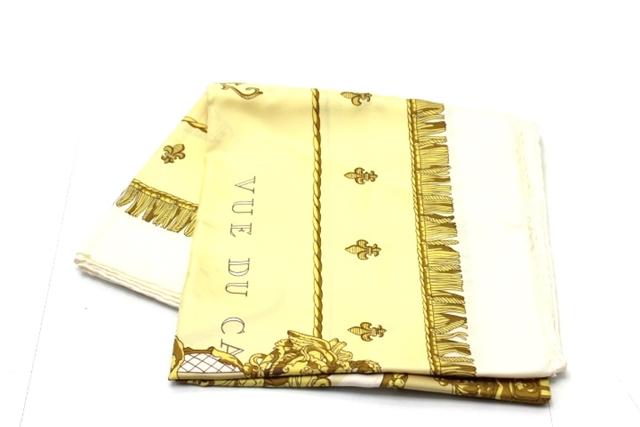 HERMES エルメス 衣料品 カレ90 スカーフ シルク ホワイト イエロー【460】【中古】【大黒屋】