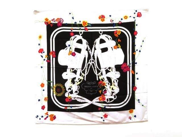 HERMES 「BRIDES エルメス ブラック 衣料品 スカーフ カレ90 シルク100% シルク100% ホワイト ブラック 「BRIDES de GALA(式典用馬勒)」【473】【中古】【大黒屋】, イタドリムラ:991dd8f1 --- officewill.xsrv.jp