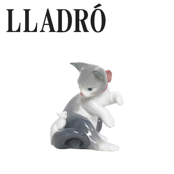 リヤドロ 猫 LLADRO 驚いた仔猫ちゃん 5236 ギフト・のし可 北海道・沖縄は別途540円加算