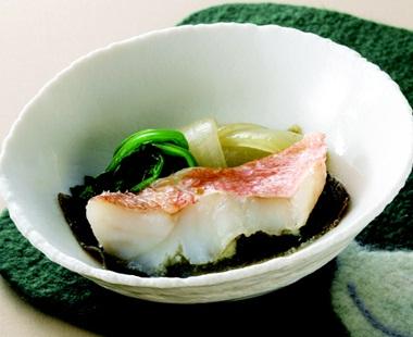 高価値 解凍不要 冷凍大冷骨なし魚 5切入 売り込み 楽らく骨なし赤魚60g