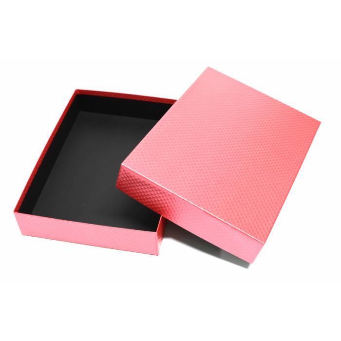 おすすめ特集 2個以上はこちらがおすすめ 大人のおしゃれな書類箱 お道具箱ピンクX黒 A4サイズ A4書類は勿論 セールSALE%OFF 中が黒色で高級感アップ A4クリアファイルもそのまま入れることができます 書類収納ケース 書類整理ボックスひし形模様