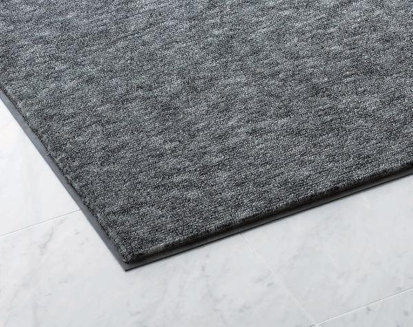 極太繊維が大きなホコリや泥まで落とします。ニュータフ75(#15) 900×1500mm