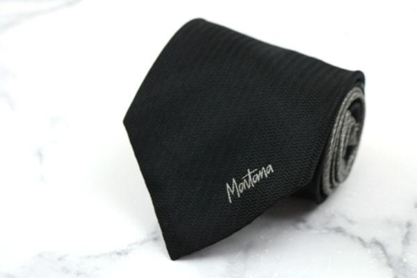 モンタナ Mantana ブランド ネクタイ ゆうパケット 送料無料 ロゴ 中古 贈与 美品 ワンポイント 完売 シルク 伊製 ブラック