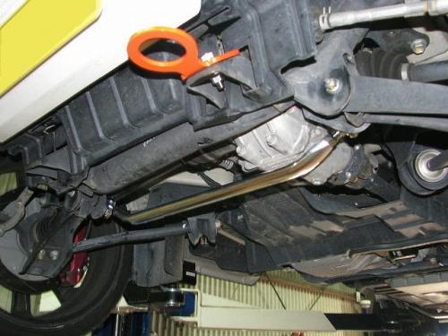 キャリィトラック ロアアームバー DA63T フロントロアアームバー カワイワークス (SZ0640-LOF-01