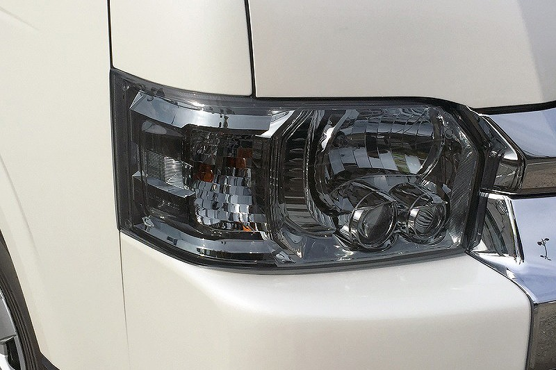 200系ハイエース 代引き不可 倉 ハイエース ヘッドライトカバー 200系 4型 正規品送料無料 1台分 5型 セカンドハウス 6型 左右セット