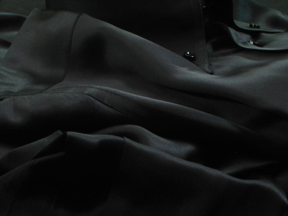 ★表示価格より50%OFF★贅の極みシルクサテンシャツ黒真珠!魅惑のNERA 黒ドゥエボットーニ ★DAN ROMA DUE BOTTONI SILK SATIN NERA