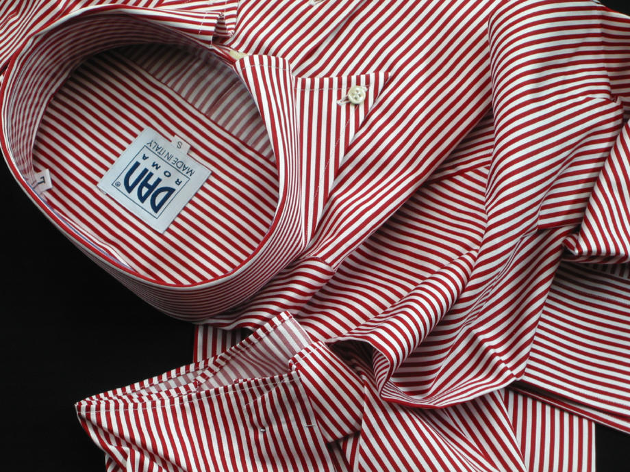 ★SALDI 現品限りです★★コットンを超えたコットンくっきり赤く鮮烈ストライプ・・・♬~ 光沢美しくしっかり色の赤は快感!NAMUR_121 ROSSO RIGATO STRETTO a ROMA