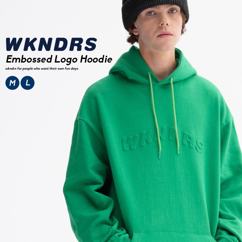 ブランドネームをエンボス加工でフロントに配したパーカー WKNDRS ウィークエンダーズ メンズ パーカー トップス フーディー 人気の定番 スウェット シャツ 激安 激安特価 送料無料 プルオーバー エンボス ロゴ 韓国 ブランド korea デイリーコーデ ストリート ファッション オルチャンファッション 秋冬 コットン100% 韓国服 綿100%