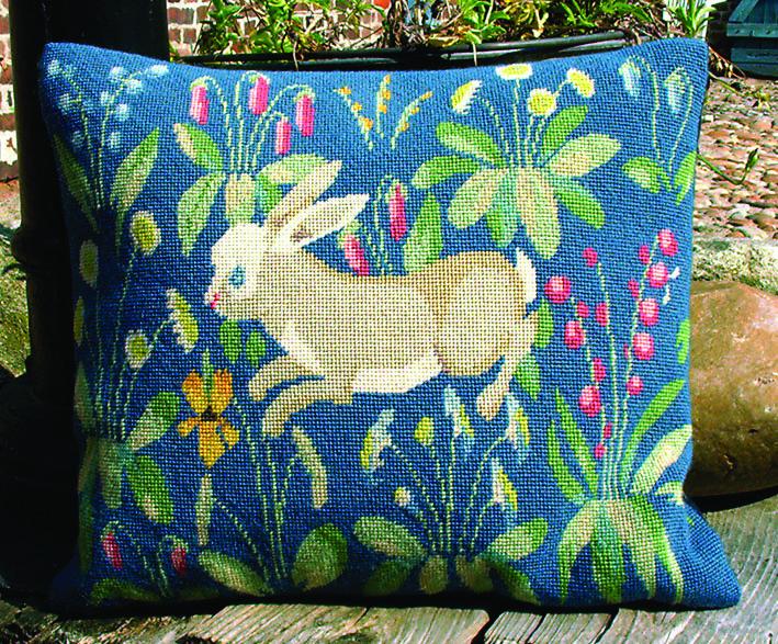 フレメ クロスステッチ 刺繍キット ウサギさんのクッション・・2】鳥と動物 デンマーク 輸入ししゅうキット