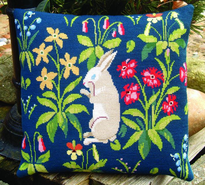 フレメ クロスステッチ 刺繍キット ウサギさんのクッション・・1 】鳥と動物 デンマーク 輸入ししゅうキット