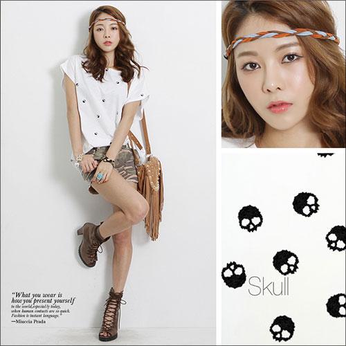 Random skull is cool! Simple casual printed DarkAngel skull print short sleeve T shirt / ladies skull eyes stand / Dark Angel