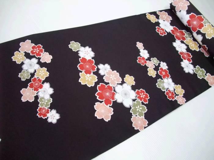 【送料無料】新品!正絹長襦袢地●おしゃれな黒地の桜模様柄●nj024