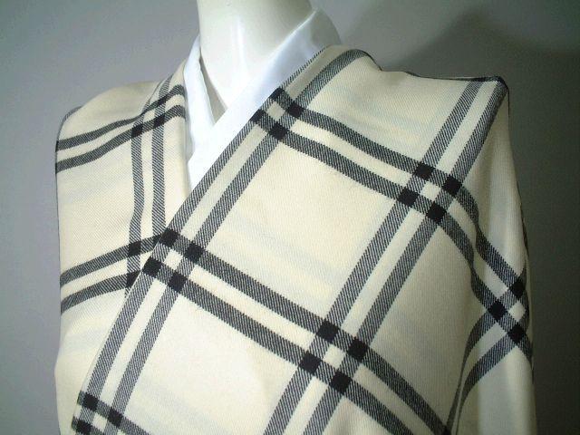 【送料無料】モノトーンチェックのウールの着物-お仕立て付き-★wko058