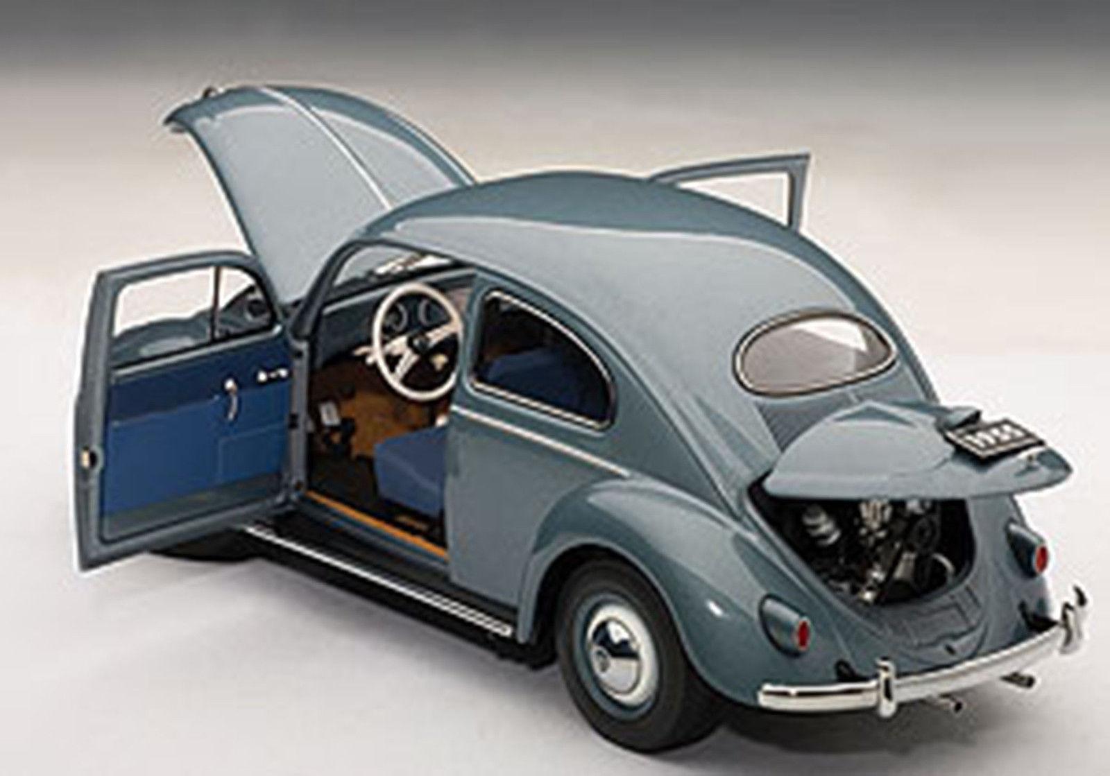 Autoart VOLKSWAGEN LIMOUSINE 1955 STRATOS SILVER 1/18[USA直輸入][大人のミニカー][プレゼントにおすすめ][デイブレイク]