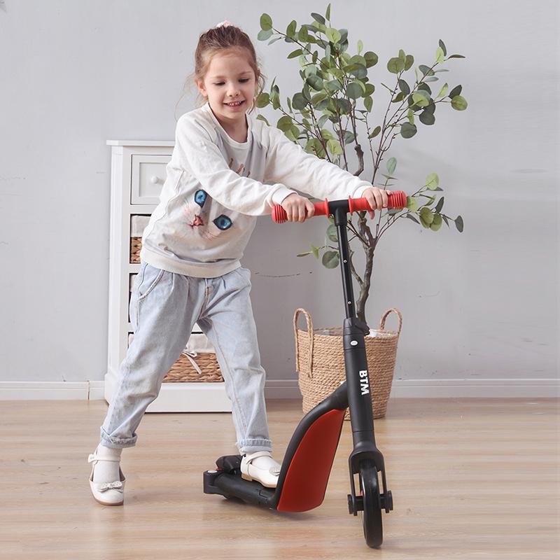子供用三輪車 6in1 三輪車のりもの キックボード 幼児用 軽量 乗用玩具 バランスバイク プレゼント おもちゃ キッズバイク おトク 押し棒付き 全商品オープニング価格
