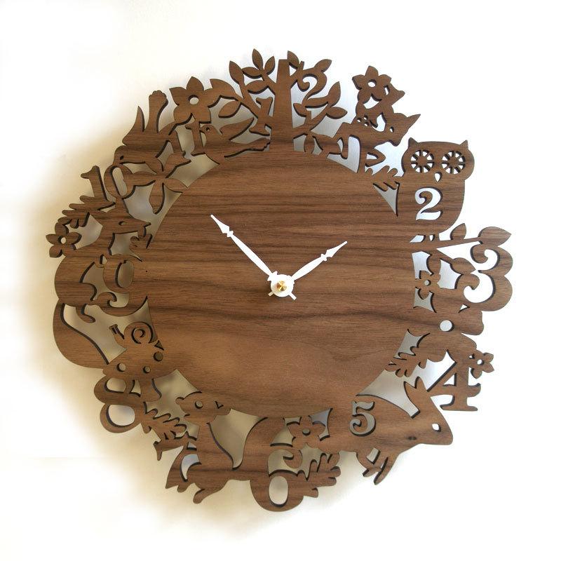 DECOYLAB デコイラボ It's My Forest Walnut 時計 壁掛け おしゃれ かわいい 竹でできたナチュラルな素材で、カチカチ音がしない静音設計です。可愛らしい動物のシルエットや自然をイメージできるようなデザインです。