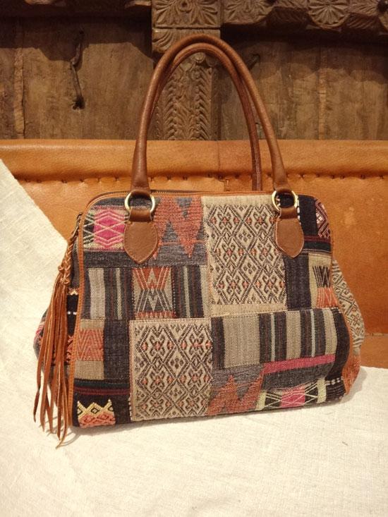 ショルダーハンドバッグ インドナガ族 オリジナルデザイン ブラック【 ■送料無料■ 】