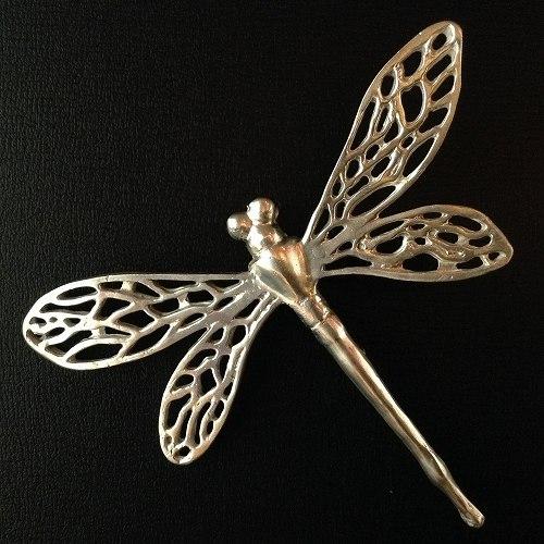 蜻蛉(とんぼ・トンボ)ブローチ 透かしタイプ(シルバー)