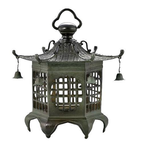 【代引き・同梱不可】高岡銅器 銅製庭置物 クサリ付 六角格子灯篭 59-14